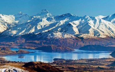 Alpine-lake-South-Island