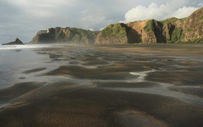 Dark-sand-beach-North-Island